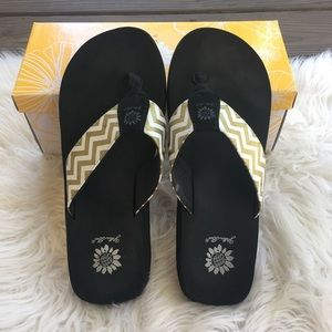 Yellowbox Yulisa Gold Chevron Flip Flops